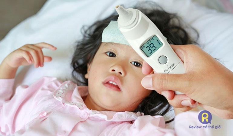 Cách hạ sốt cho trẻ 4 tuổi